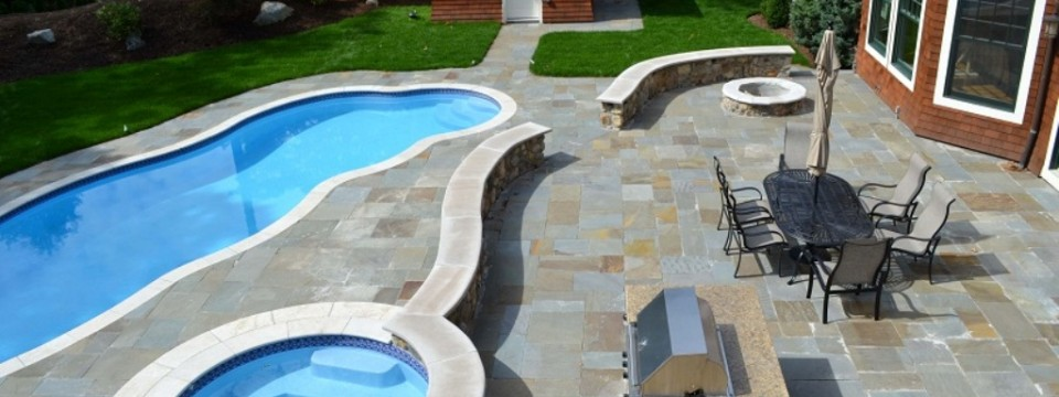 New Bluestone Patio, seating walls & pool capping - Chestnut Hill, MA